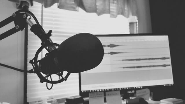 grabando un podcast